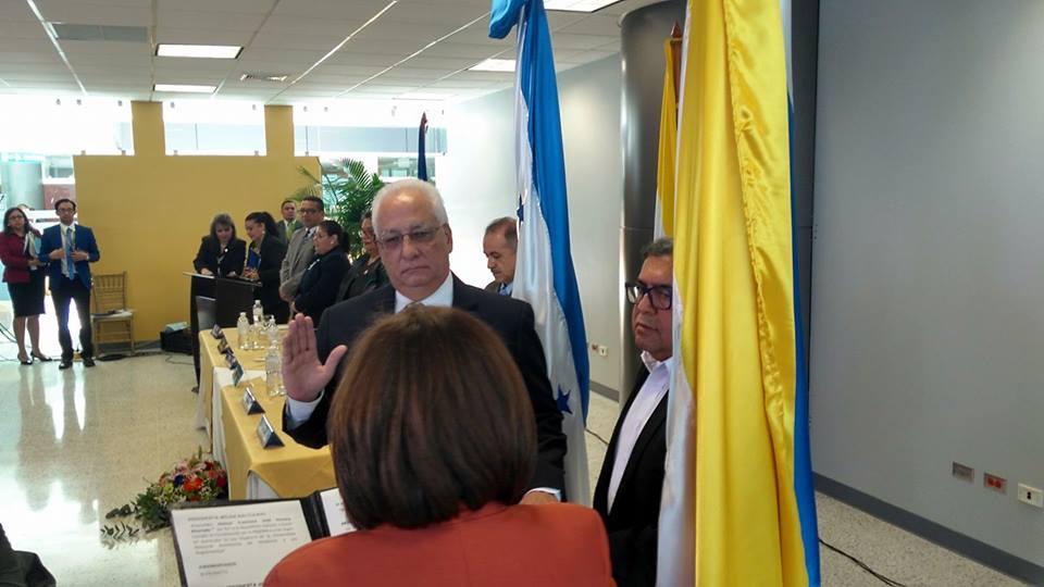 Nuevo rector de la UNAH inicia gestión entre mentiras y verdades discutibles