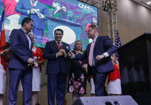 http://contracorriente.red/2019/08/12/los-profetas-del-presidente/
