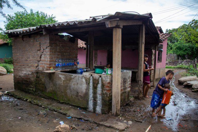 La casa de Elva, donde vive con sus sobrinos, que han quedado a su cuidado, Namasigüe 30 de mayo de 2019. Foto: Martín Cálix.