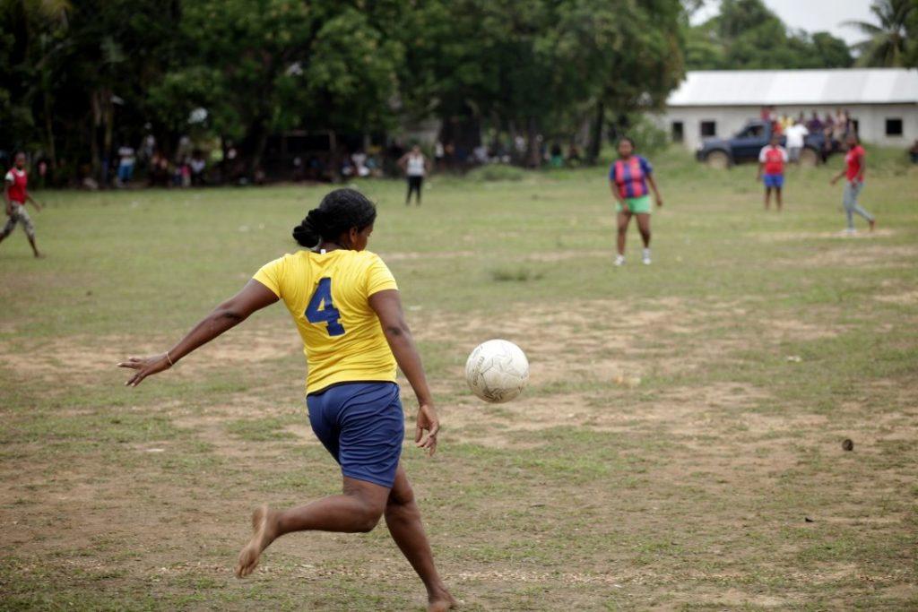 En la liga femenina de fútbol de Puerto Lempira juegan 6 equipos