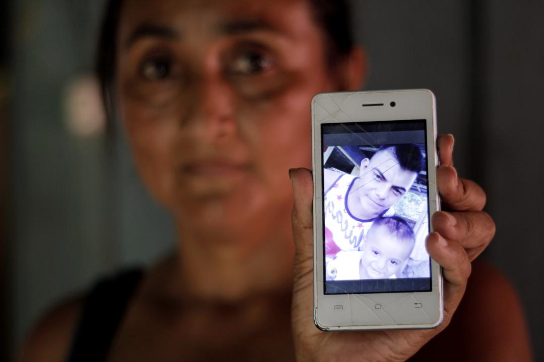 Yolanda (42 años), esposa de Wilfredo Cáceres (26 años), preso en El Pozo.
