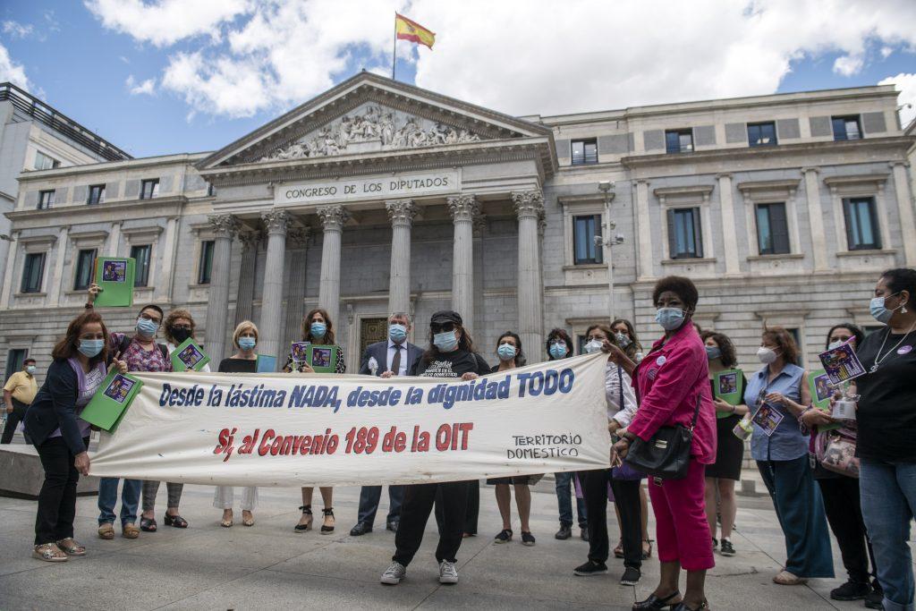 Expulsadas de sus países, esclavizadas en España