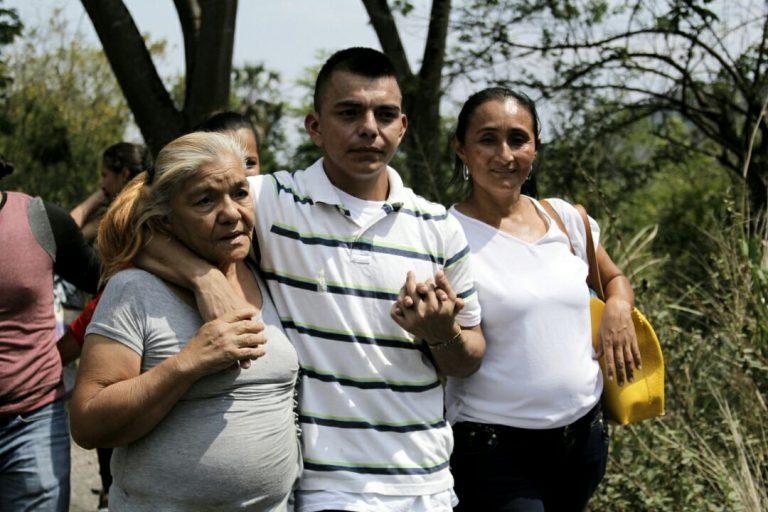 Wilfredo Cáceres en delicado estado de salud saliendo de El Pozo