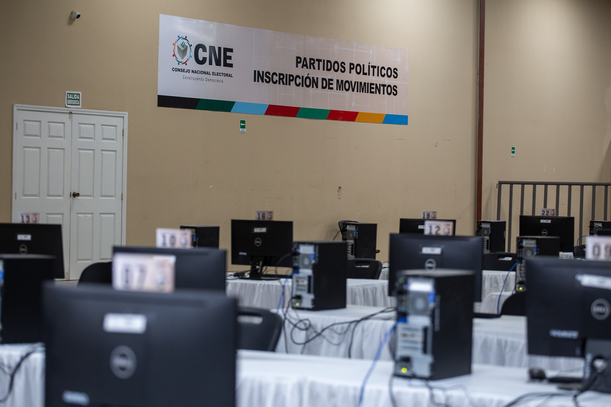 Sala de cómputo del Consejo Nacional Electoral. Tegucigalpa, 3 de diciembre de 2020. Foto: Martín Cálix.