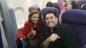 Carol Vanessa Alvarado con el diputado nacionalista Juan Diego Zelaya. Foto de sus redes sociales.