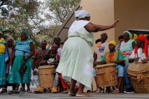 Garifunas bailando