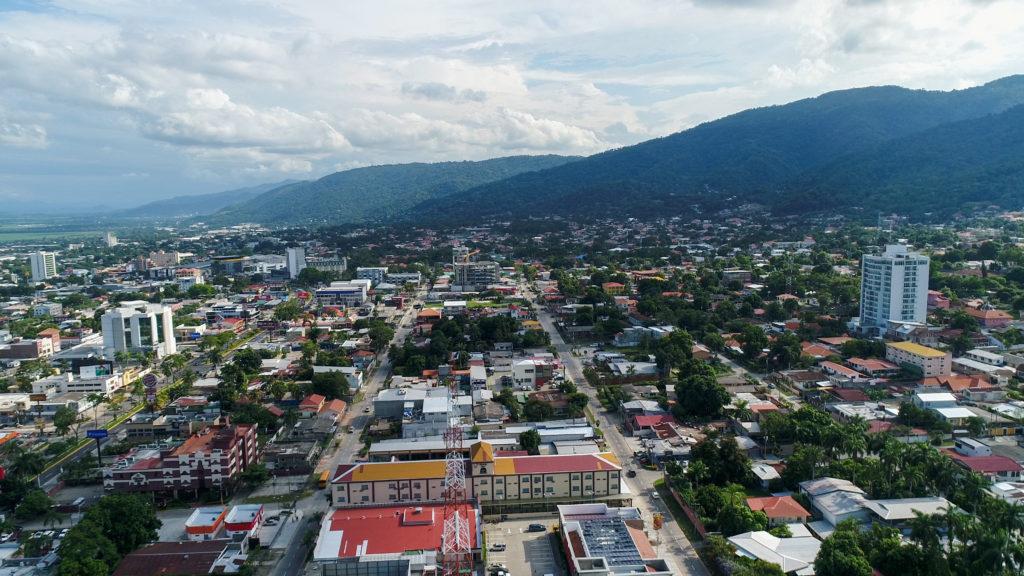 """Yaudet Burbara Canahuati   """"pandora papers Honduras""""   San Pedro Sula"""